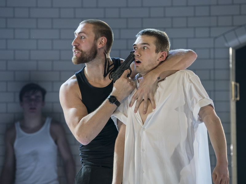 EventGalleryImage_Tybalt (Dan Wright) and Balthasar (Jackson Fisch).jpg